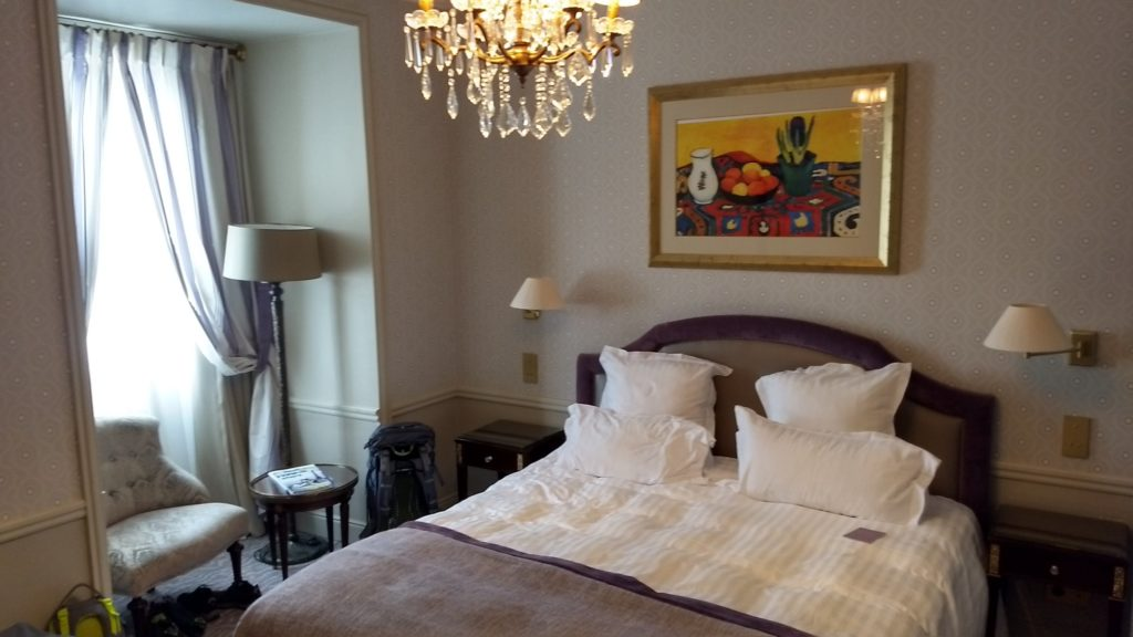 a bedroom in the hotel westminster