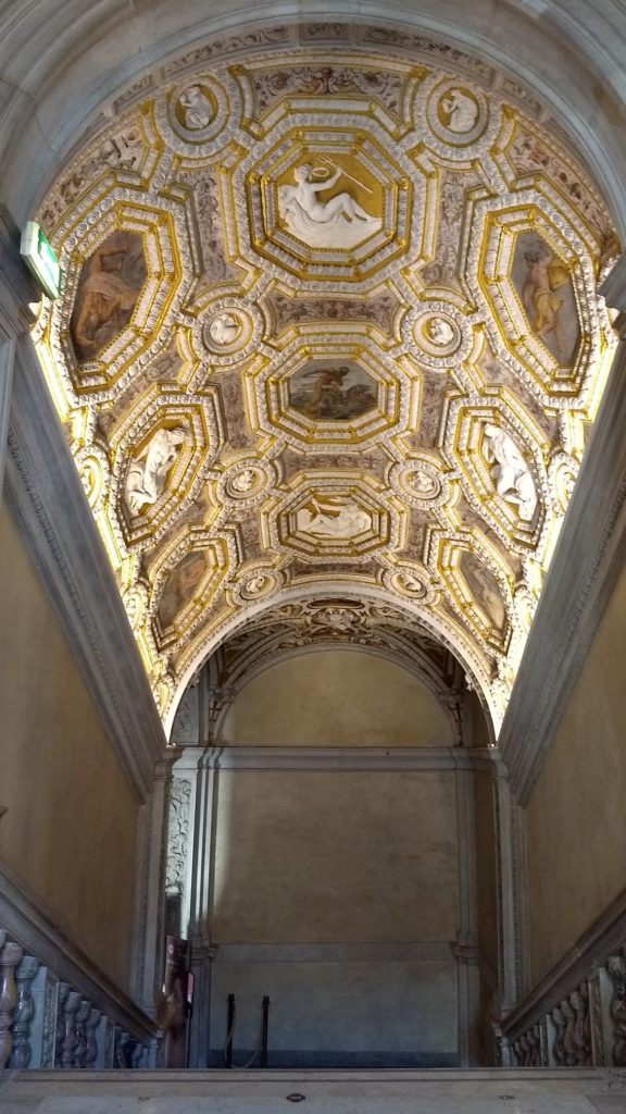 palais des doges stairwell ceiling