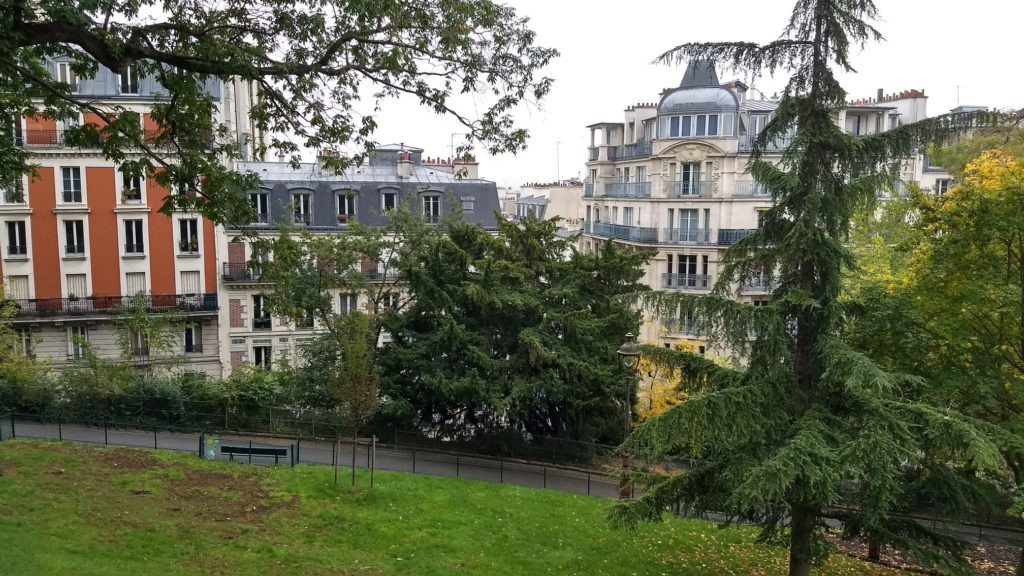 square louise-michel (rue paul albert)