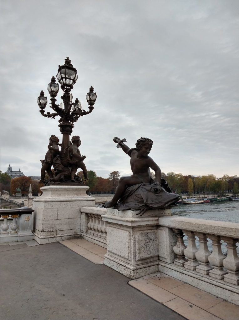 bronze statues on the pont alexandre iii