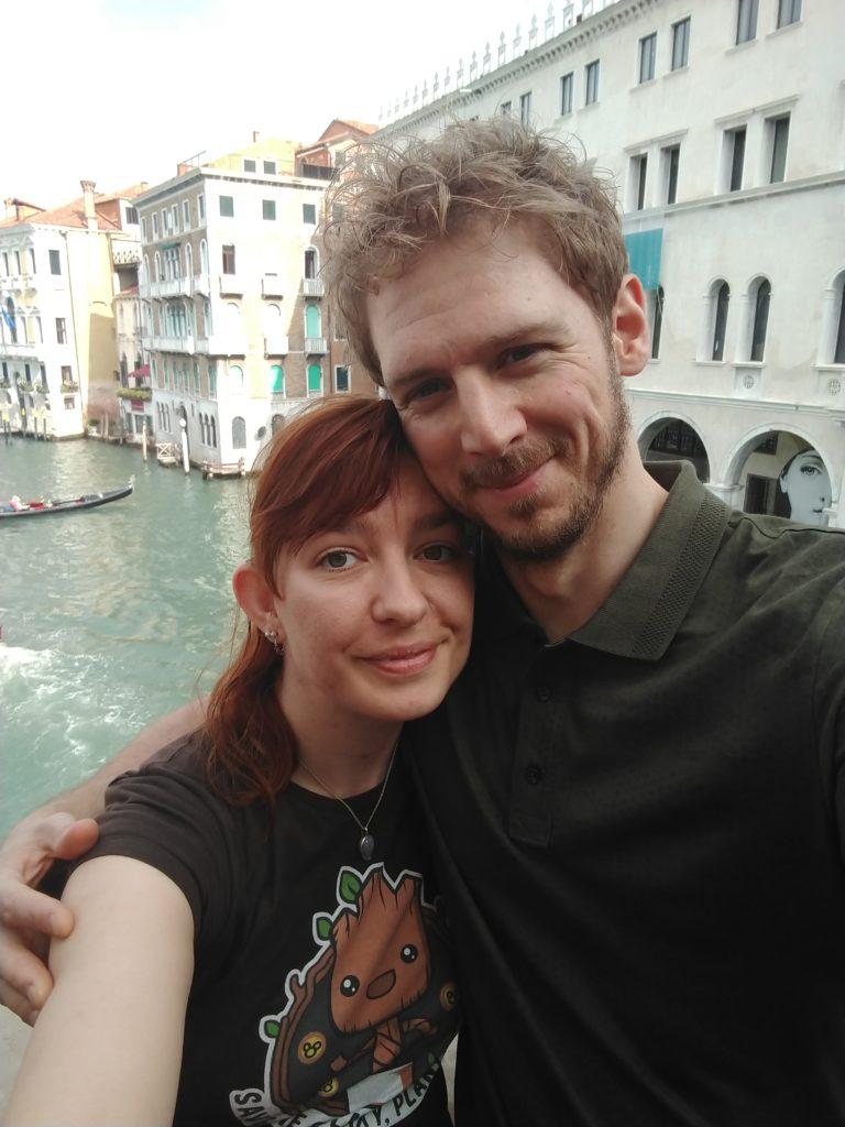 tom and michelle on the ponte di rialto