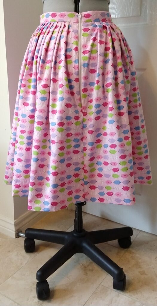 the pig skirt from the back on a dress form