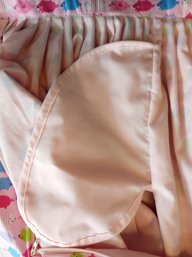 the inside of the pig skirt showing a bound pocket